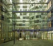 modern natt paris för arkitektur Royaltyfri Fotografi
