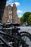 Modern och medeltida arkitektur i Edinburg Royaltyfria Foton