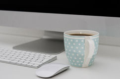 Modern PC and coffee Royalty Free Stock Photos