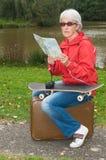 Modern pensionär på ferie arkivfoton