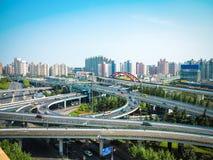 Modern planskild korsning i shanghai Arkivbilder