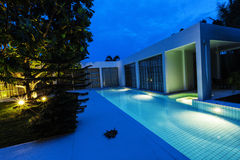 Modern pool villa Royalty Free Stock Images