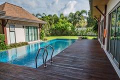 Modern pool villa in morning Royalty Free Stock Photos