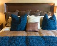 Modern sängkläderstil Royaltyfri Bild