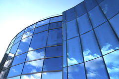 Modern skyscraper with reflection of sky royalty free stock photos
