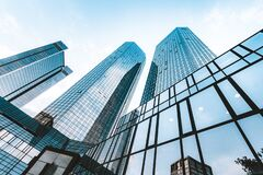 Free Modern Skyscrapers In Business District Against Blue Sky Royalty Free Stock Photo - 169410455
