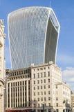 Modern skyskrapa på gatan för 20 Fenchurch i London Royaltyfri Foto