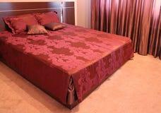 Modern slaapkamer binnenlands ontwerp. Stock Foto