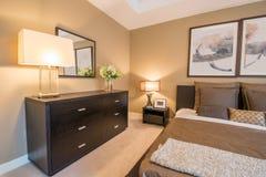 Modern slaapkamer binnenlands ontwerp stock foto