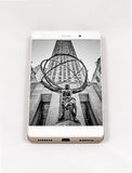 Modern smartphone displaying full screen picture of New York, US Royalty Free Stock Photos