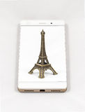 Modern smartphone displaying full screen picture of Paris, Franc Royalty Free Stock Image