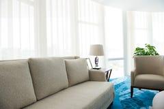 Modern soffa royaltyfri fotografi