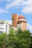 Modern stad för arkitektur på våren Arkivfoto