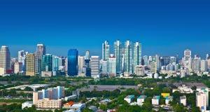 Modern stads- stad, Bangkok, Thailand. Royaltyfria Bilder