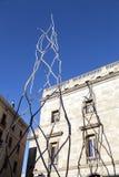 Modern staty Castellers för mänskligt torn på Placa de Sant Miquel Royaltyfri Bild