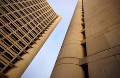 modern stigning två för byggnader high royaltyfri foto