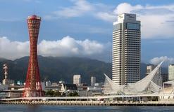 Modern-stijlarchitectuur op dijk in Kobe-stad Royalty-vrije Stock Afbeelding