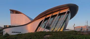 Modern teater i staden av Ashdod Arkivfoto