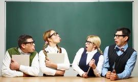 Modern tegen klassieke nerds Stock Foto