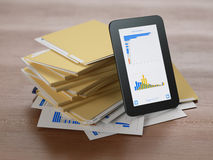Modern teknologi i affärsanalys Arkivfoto