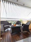 Modern terras met houten vloer Royalty-vrije Stock Afbeelding