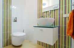 Modern toilet Royalty-vrije Stock Afbeeldingen
