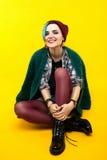 modern tonåring färg/färgrik frisyr fotografering för bildbyråer