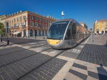 Modern tramspoor in Europa stock afbeeldingen