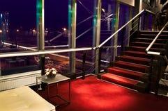 modern trappuppgång Royaltyfri Bild