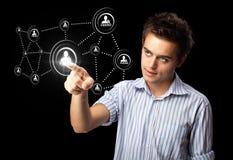 modern tryckande på social typ för affärsmansymboler Arkivbild