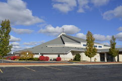 Modern utformad kyrka Royaltyfri Foto