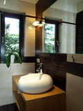 modern vask för badrum royaltyfria foton