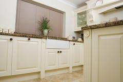 modern vask för områdeskök Arkivbilder