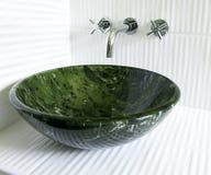 modern vaskskyttel för vattenkran Royaltyfri Foto