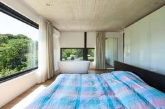 Modern villa, interior, bedroom. With bathtub Stock Photo