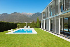Modern villa with pool Stock Images