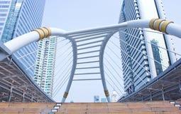 Modern walkway i Bangkok Arkivbilder
