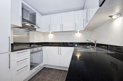 Modern white kitchen Royalty Free Stock Photography