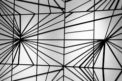 Modern zwart lijnpatroon op witte muur Stock Fotografie