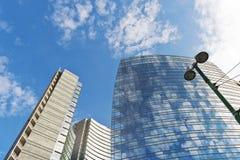Moderna affärsbyggnader Fotografering för Bildbyråer
