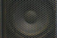 Moderna akustiska system Metallgaller på den solida dynamiken Royaltyfria Bilder