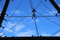 Moderna byggnad-kablar för arkitektur Arkivbilder