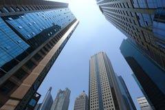 Moderna byggnader för Shanghai pudong lujiazui Arkivbilder