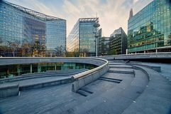 Moderna byggnader i den södra banken - London, UK Arkivfoton