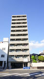 Moderna byggnader i Osaka, Japan Arkivbild