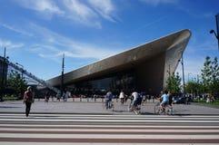 Moderna byggnader i Rotterdam Fotografering för Bildbyråer