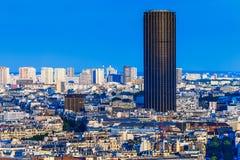 Moderna byggnader och historiska byggnader av Paris Royaltyfri Bild