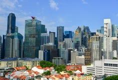 Moderna byggnader på centret i Singapore Royaltyfria Foton