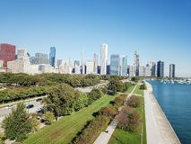 Moderna Chicago för bästa sikt horisonter och Lake Michigan arkivfoton