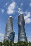 Moderna condos i Mississauga, Ontario Kanada Arkivbild